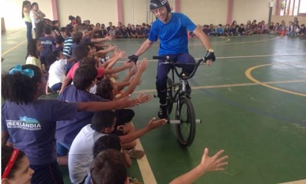 Alunos da rede municipal terão aulas de ciclismo nas escolas